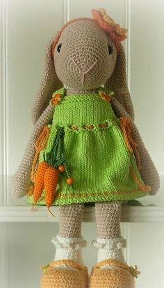 Ravelry: Willenein pattern by antoinette van zelst Crochet Bunny Pattern, Crochet Dolls Free Patterns, Crochet Rabbit, Amigurumi Patterns, Amigurumi Doll, Crochet Stitches, Knitting Patterns, Crochet Animals, Crochet Toys