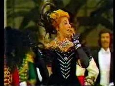 Hanna's Entrance, The Merry Widow - Beverly Sills, the one true Hanna