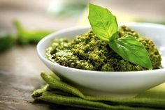 O primeiro site italiano com dicas de harmonização de vinhos com pratos brasileiros o italianos como o molho pesto.