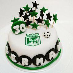 Torta Atlético Nacional - Cake by Tata Postres y Tortas Jimin, Birthday Cake, Mary, Outfit, Desserts, Frases, Soccer Birthday Cakes, Football Birthday Cakes, Tortilla Pie