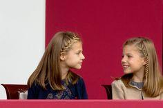 Famille royale d'Espagne en photos - Leonor et Sofia volent la vedette à Letizia
