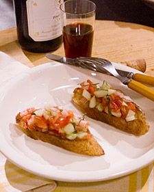 Bruschetta is a delicious Italian garlic bread that is served with various toppings as an appetizer. Cucumber Appetizers, Easy Appetizer Recipes, Tomato Bruschetta, Martha Stewart Recipes, Basil Recipes, Chicken Livers, Garlic Bread, The Fresh, Snacks