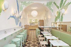 Le Maisie Café   MilK decoration and TON barstool 73 inside