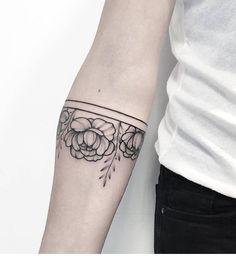 3,556 отметок «Нравится», 4 комментариев — @tattooselection в Instagram: «Tattoo Artist @anna_bravo_»