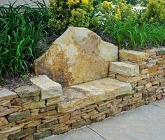 Nice Stone Bench, Dry Stone, Garden Stones, Stone Steps, Front Yards, Stone  Walls, Yard Ideas, Garden Landscaping, Dream Garden