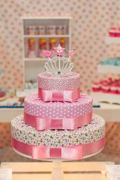 bolo para festa tema princesas