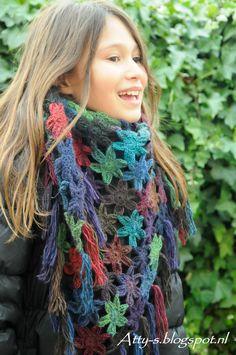 Flower Scarf By Atty - Free Crochet Pattern - (atty-s.blogspot)