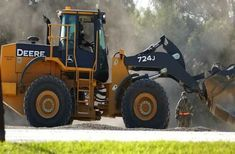 The 5 Key Benefits of Renting Construction Equipment