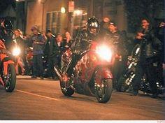 Bergamo, organizzavano gare clandestine in moto via Facebook: denunciati 6 giovani
