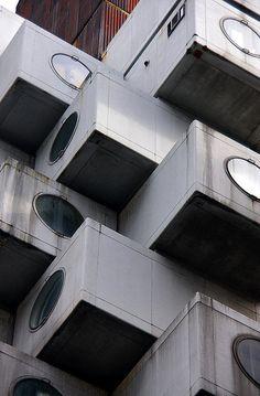Nakagin Tower, Tokyo, Japan: architect by Kisho KUROKAWA