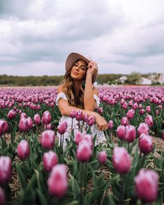 Beautiful flowers · photo sessions · girl in tulip fields in lisse farm photography, spring photography, portrait photography, senior Farm Photography, Spring Photography, Portrait Photography, Creative Photography, Digital Photography, Summer Photography Instagram, Photography Backgrounds, Photography Equipment, Aerial Photography