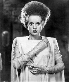 Elsa Lancaster as the bride of Frankenstein (1935)