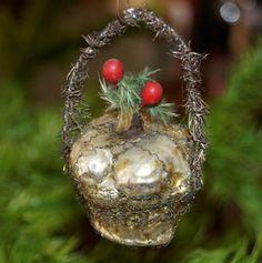 Wire wrapped Mercury glass ornament circa 1910/20