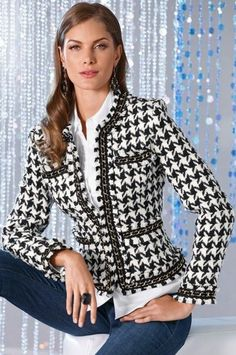 Like the idea - although I hate houndstooth Mode Outfits, Chic Outfits, Fashion Outfits, Womens Fashion, Boucle Jacket, Tweed Jacket, Chanel Style Jacket, Chanel Jacket Trims, Mode Chanel