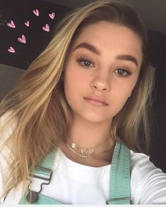 1.4m Followers, 240 Following, 781 Posts - See Instagram photos and videos from lizzy greene (@lizzy_greene)