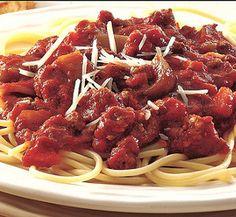 Slow cooker spaghetti sauce.Delicious sauce for spaghetti cooked in slow cooker.