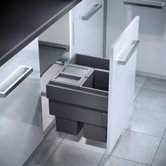 Our Hailo Cargo Synchro 55 Litre pull-out bin is for wide cabinets, has 1 large compartment and comes with free next day delivery included. Trash Can, Storage System, Filing Cabinet, Cupboard, Storage, Cabinet, Hafele, Compartment, Plastic Bins