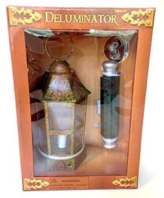 Looks and works just like the one Dumbledore used in the film! Zap the lantern on and off by pressing the button on the deluminator.