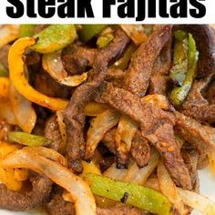 Air Fryer Fajitas are so easy to make! We used beef with a dry rub, onions and bell peppers and they were great in our Ninja Foodi and Cosori machines. Air Fryer Fajitas are so easy to make! We used beef with a dry rub, onions and bell peppers and they … Air Fryer Recipes Snacks, Air Fryer Recipes Low Carb, Air Fryer Recipes Breakfast, Air Frier Recipes, Air Fryer Dinner Recipes, Air Fryer Recipes Vegetables, Fajitas Au Steak, Grill Dessert, Tartiflette Recipe