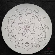 Mandala drawn in aluminum wire on a diameter round canvas.- Mandala drawn in aluminum wi. Mandala Art, Mandala Painting, Mandala Drawing, China Painting, Dot Painting, Ceramic Painting, Fabric Painting, Pottery Painting Designs, Pottery Designs