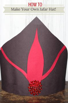 Learn how to make your own Jafar hat! The kids will love this easy Disney craft!