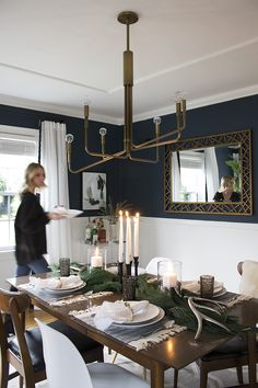 Holiday Tablescape - Room for Tuesday Dining Room Wainscoting, Dining Room Paint, Dining Room Colors, Dining Room Design, Dark Blue Dining Room, Casual Dining Rooms, Home Design Decor, Home Decor, Dining Room Inspiration