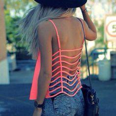 cute summer outfits crop tops /// Wheres dis chicks bra?