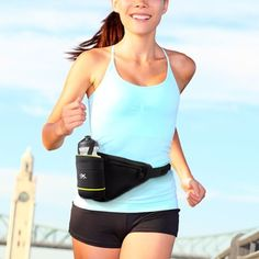 If you're an athlete, don't leave home without the sport belt with 500 mL bottle! It's ideal to wear it comfortably andkeep hydrated while practising any sport. Additionally, it features a small pocket with a zip x 10 cm approx. The bottle i. Kick Boxing, Funda Samsung S7, Running Belt, Swim Caps, Wearable Technology, Slim Body, Belt Pouch, Facon, Cyber Monday