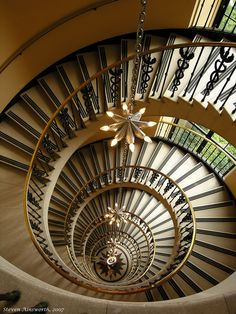 ღღ Magnificent staircase in Washington D. C.