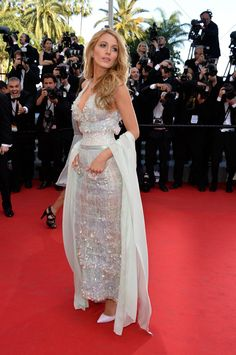 Pin for Later: Blake Lively Is Probably the Hottest Person You'll See All Day