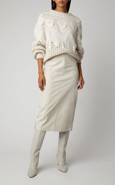 Hand made Brunello Cucinelli High-Waisted Leather Midi Pencil Skirt Designer Wedding Dress for the P Pencil Dress Outfit, Pencil Skirt Casual, Midi Skirt Outfit, Pencil Skirt Outfits, Winter Skirt Outfit, Pencil Skirts, Pencil Dresses, All White Outfit, White Outfits