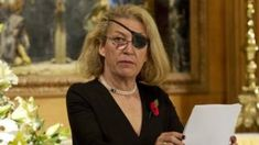 Marie Colvin: Syria assassinated reporter court told -  Marie Colvin: Syria assassinated reporter court told                                                                                                10 April 2018                                                                                 Related Topics  Syrian civil war                                    Image copyright                  Getty ImagesImage caption                                      Marie Colvin lost the sight in her…