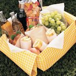 Crafty & Clever Picnic Blankets & Accessories To Make