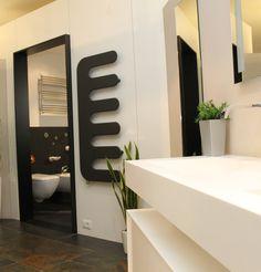 sanikal badeinrichtung cordivari heizk rper handtuchw rmer neuheiten 2015 youtube. Black Bedroom Furniture Sets. Home Design Ideas