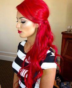 "20 trend colors for red hair # hair color colors - ""Haare"" - Bright Red Hair, Bright Hair Colors, Red Hair Color, Red Color, Colorful Hair, Blonde Highlights On Dark Hair, Peekaboo Highlights, Dark Blonde, Purple Highlights"