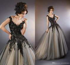 2015 vintage gothic black wedding dresses with illusion neckline beaded appliques/lace brush train wedding dresses with cap sleeves