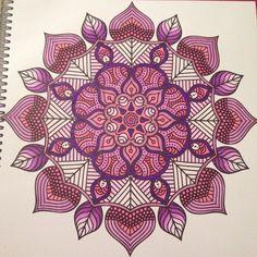 @rachel_kleurt their sparkling mandala from a colouring book