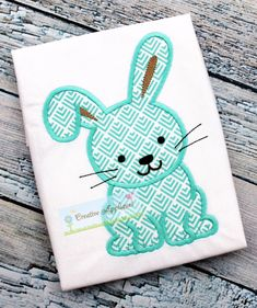 Bunny Rabbit Easter Machine Embroidery by Creativeapplique on Etsy Applique Embroidery Designs, Machine Embroidery Applique, Embroidery Fonts, Embroidery Patches, Applique Patterns, Embroidery Ideas, Bunny Face, Baby Bunnies, Easter Bunny