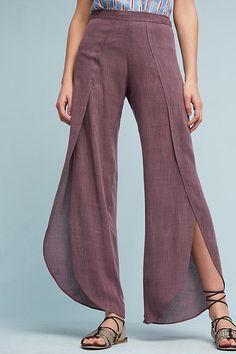 Gauze Tulip Pants We are want to say thanks if you like to share this post to an… - Modern Pantalon Thai, Pantalon Large, Fashion Pants, Fashion Outfits, Womens Fashion, Fashion Trends, Dope Fashion, Tulip Pants, Trendy Outfits