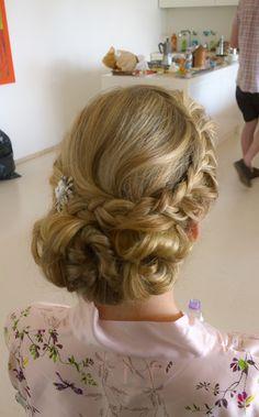 hair and makeup for irish bride in Rome  http://janitahelova.com/