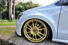 Gold OZ Racing wheels... Gold Wheels, Racing Wheel, Volkswagen Golf, Polo, Cars, Inspiration, Wheels, Autos