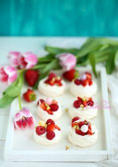 Mini Berry Pavlova Recipe | Cake Time