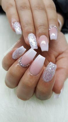 Pink and White Ombre Christmas Nail Art Ideas for Short Nails . - Pink and White Ombre Christmas Nail Art Ideas for Short Nails - Acrylic Nails Coffin Pink, Pink Glitter Nails, Coffin Shape Nails, Glitter Makeup, Nail Art With Glitter, Gold Glitter, Acrylic Nail Designs Coffin, Nails Shape, Acrylic Art