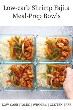 Recipes Meal Prep Low Carb Shrimp Fajita Meal Prep Bowls that it's served with Cauliflower Rice and it's loaded with flavor. I'm back with another meal-prep recipe because we love them, right? Meal preps are one of the best ways to stay healthy. Lunch Recipes, Paleo Recipes, Dinner Recipes, Recetas Whole30, Paleo Meal Prep, Stay Healthy, Healthy Eating, Pescatarian Recipes, Meal Prep Bowls