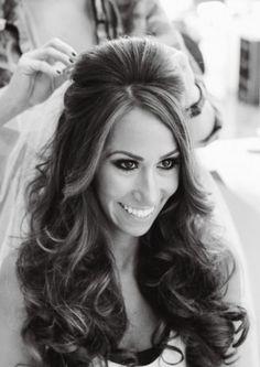 Wedding hairstyle idea; Featured Photographer: Vanessa Joy Photography