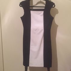 Black and white business dress For work or going out! Comment below for measurements if interested. I'm open to any offers! Moving sale! Check out my closet and save on bundles! Worthington Dresses