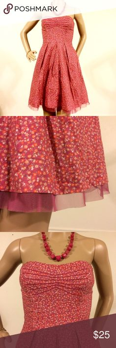 AEO Strapless Floral Dress Pretty in Pink Floral dress, fully lined with a side zipper and side boning. Just a peek of mesh shows on the bottom hem to add to the feminine style. EUC. American Eagle Outfitters Dresses Strapless