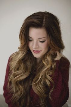Gorgeous curls and highlights.