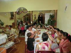 Celebrando a la patrona de la casa que les acoge Maria Del Mar