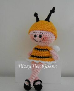 Bizzy Bee Klaske: BizzyBee Crochet Bee, Crochet Bunny, Crochet Crafts, Crochet Keychain, Baby Toys, Bugs, Pokemon, Knitting, Creative